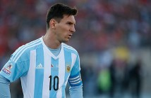 SANTIAGO, CHILE - JULY 04:  Lionel Messi of Argentina looks on during the 2015 Copa America Chile Final match between Chile and Argentina at Nacional Stadium on July 04, 2015 in Santiago, Chile.  (Photo by Gabriel Rossi/LatinContent/Getty Images)