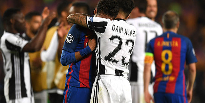 Dani-Alves-Neymar-Barcelona-Champions_9724094