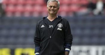 jose-mourinho-gesture_3745673
