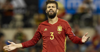 ALICANTE, SPAIN - OCTOBER 06:  Gerard Pique of Spain reacts during the FIFA 2018 World Cup Qualifier between Spain and Albania at Rico Perez Stadium on October 6, 2017 in Alicante, Spain.  (Photo by Manuel Queimadelos Alonso/Getty Images)