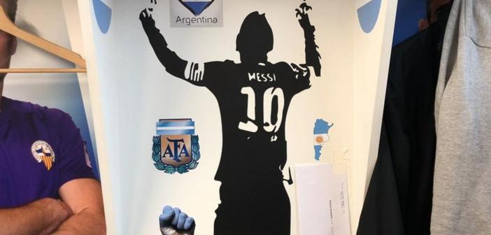 Una carta para Messi en el vestuario de la Supercopa de Catalunya