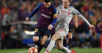 Robertson intenta intimidar a Messi con una colleja