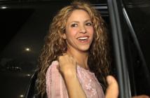 Shakira decide acallar los rumores de embarazo de una manera peculiar