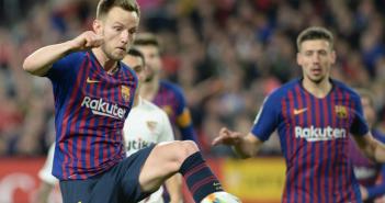 Rakitic se cierra en banda y quiere seguir en el Barça