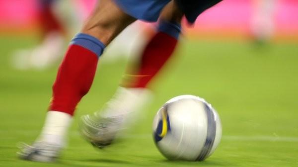 depositphotos_21700775-stock-photo-soccer-action
