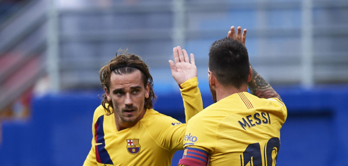 EIBAR, SPAIN - OCTOBER 19: Lionel Messi of FC Barcelona celebrates after scoring a goal with Antoine Griezmann of FC Barcelona during the Liga match between SD Eibar SAD and FC Barcelona at Ipurua Municipal Stadium on October 19, 2019 in Eibar, Spain. (Photo by Juan Manuel Serrano Arce/Getty Images)