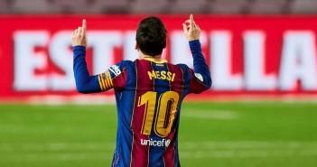 BARCELONA, 07/11/2020.- El delantero argentino del Barcelona Leo Messi, festeja su gol durante el partido contra el Betis, en la 9º jornada de LaLiga Santander disputado en el Camp Nou en Barcelona.- EFE/Alejandro García