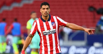 Atletico Madrid's Uruguayan forward Luis Suarez gestures during the Spanish league football match Club Atletico de Madrid  against Granada FC at at the Wanda Metropolitano stadium in Madrid on September 27, 2020. (Photo by GABRIEL BOUYS / AFP) (Photo by GABRIEL BOUYS/AFP via Getty Images)